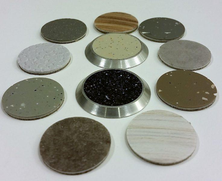 Taktilt fare/varsel element i alumimium med ilegg på 35 mm diameter og tapelim